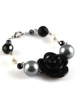 bracciale con fiore e perle sintetiche