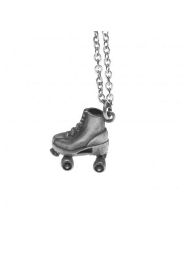 Collana con pattino a rotelle ciondolo in argento invecchiato cln0017